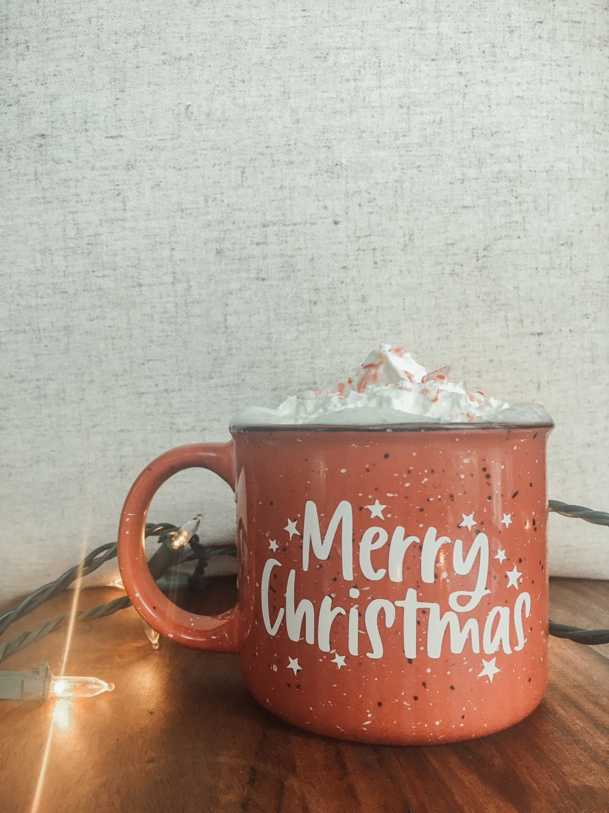 Mug review and my favorite hot cocoa recipe! *cue the Christmas tunes and posts*